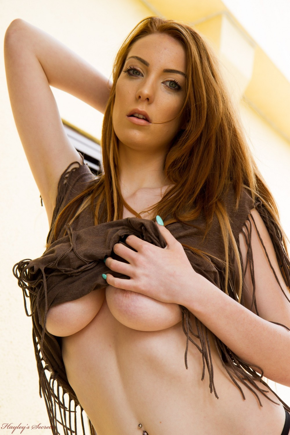 Alice brooks showing her big natural boobs